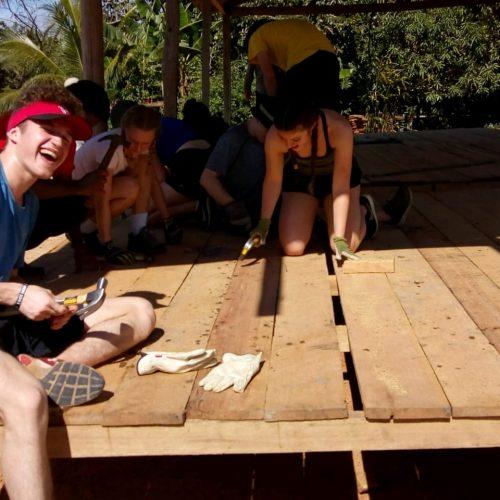 Estudantes canadenses inicio construcao8